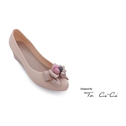 Jelly Shoes With Fluffy Tassles