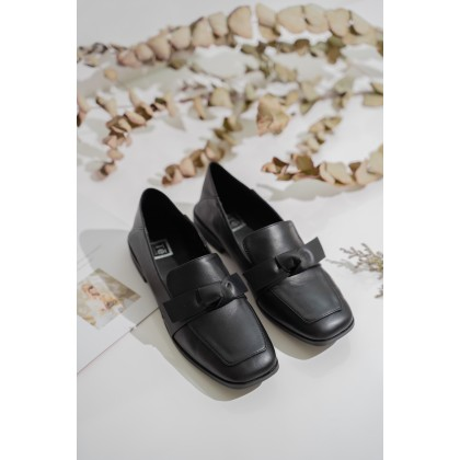 Leather Ribbon Loafers